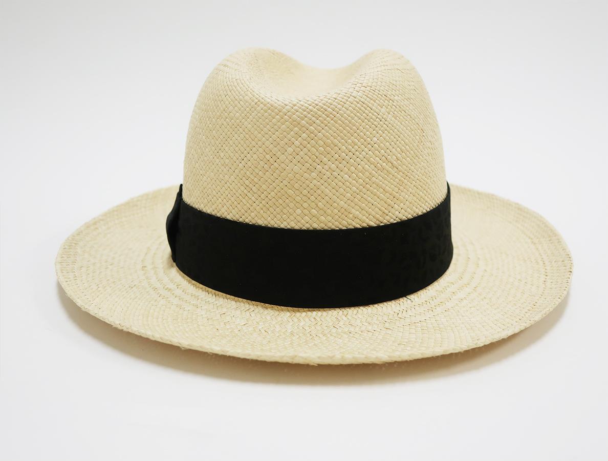 HAT-04-JOHNNY-NATURE-BRISA-G3